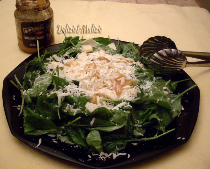 Carpaccio di spinaci novelli mandorle e miele