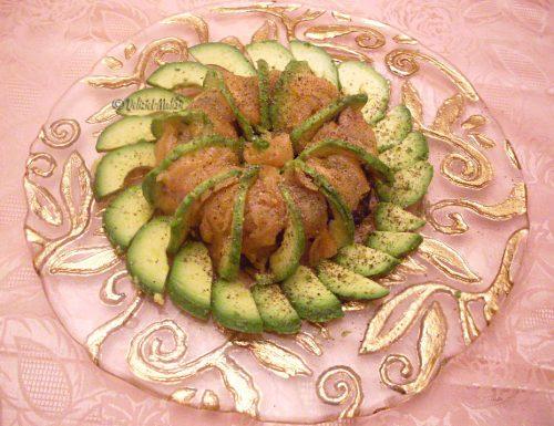 Corona di venere con salmone e avocado