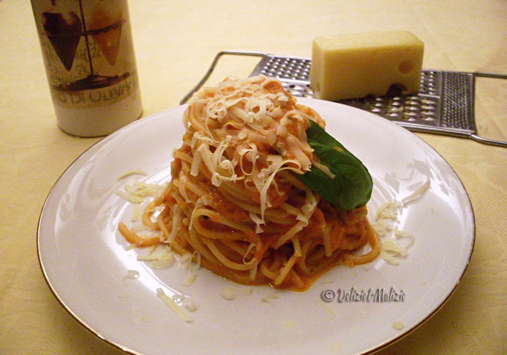 Spaghetti alla chitarra in vellutata di peperoni