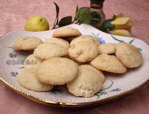 Biscotti teneri al limone e zenzero