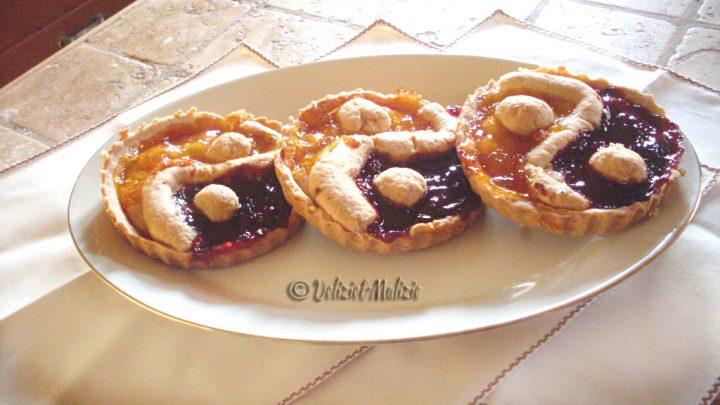 Crostatine Yin e yang – un'idea simpatica per smaltire marmellate residue