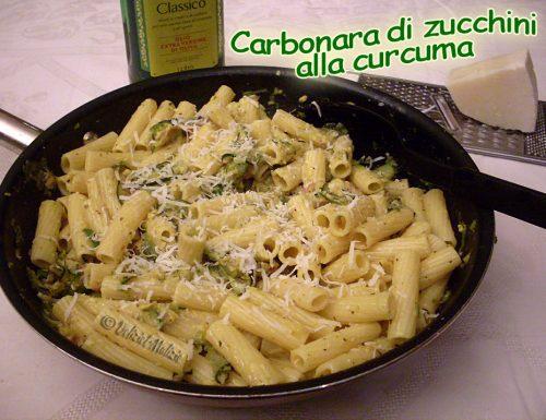Carbonara di zucchini alla curcuma