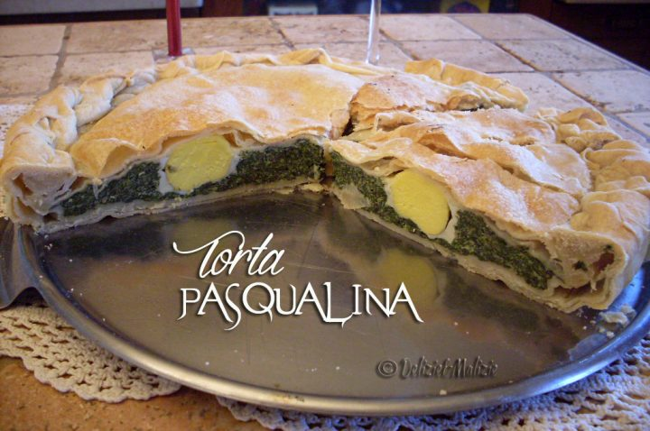 """Torta pasqualina, la ricetta tradizionale ligure a """"tre veli"""""""