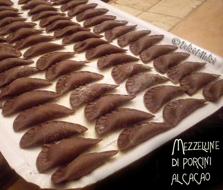 Mezzelune di porcini al cacao