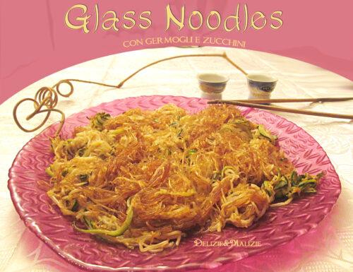 Glass Noodles con germogli e zucchine