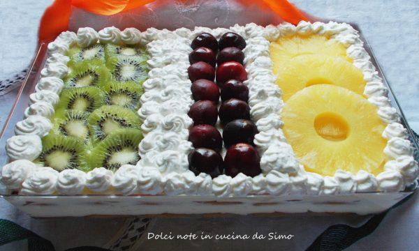 Dolce freddo alla frutta e panna