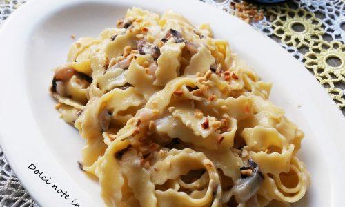 Fettuccine ricce con gorgonzola e radicchio