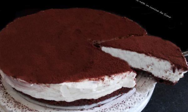 Torta fredda al cioccolato bianco