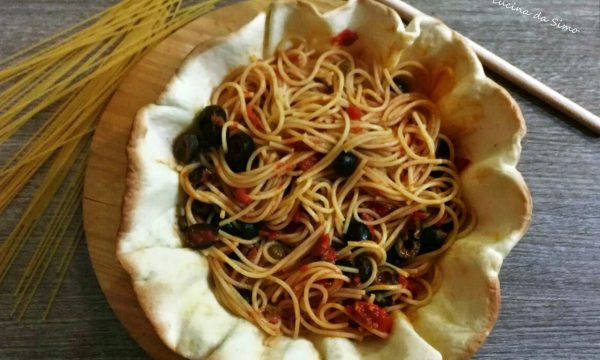 Spaghetti in pasta brise'