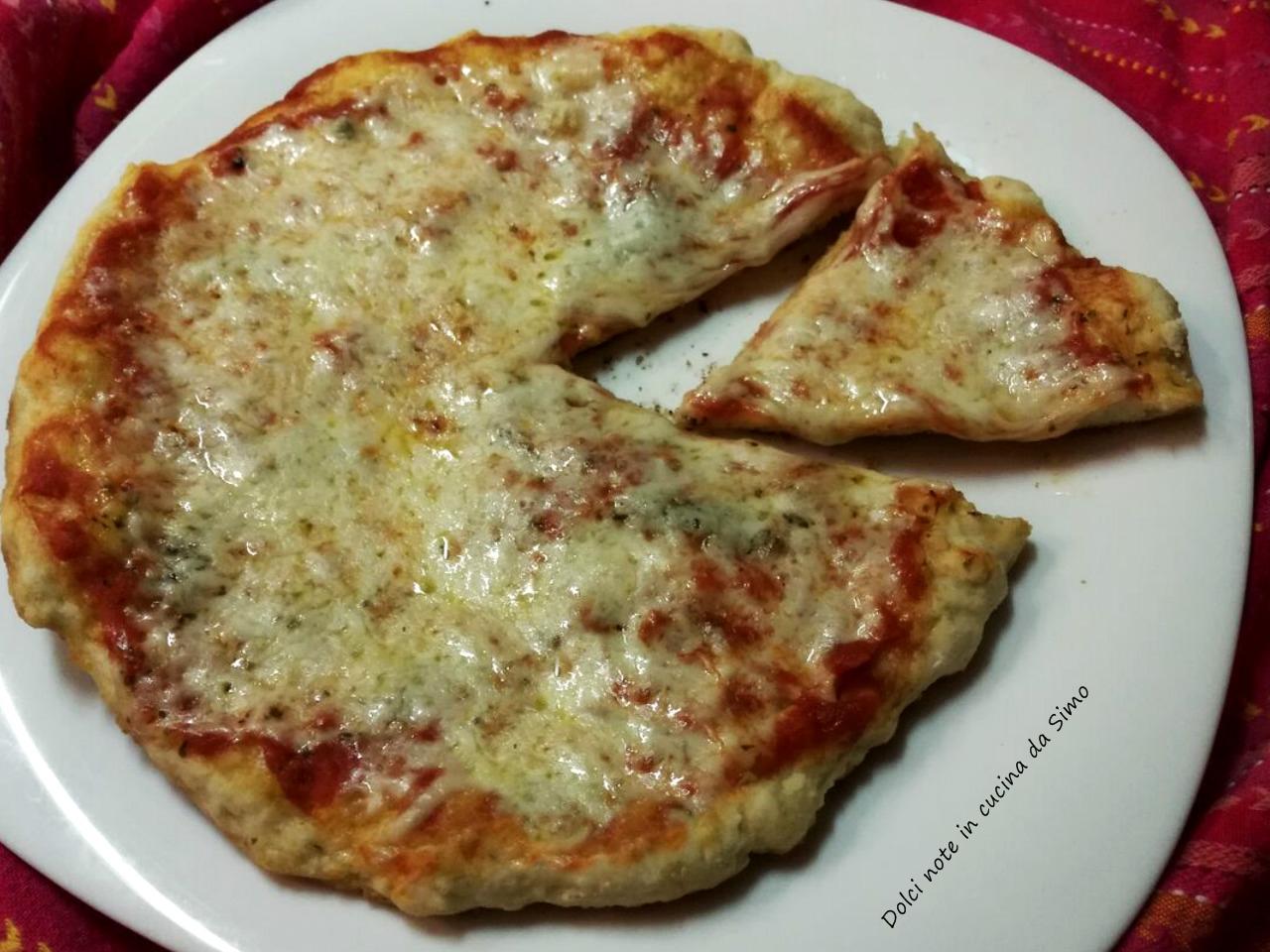 Ricetta Pizza In Padella.Pizza Cotta In Padella Dolci Note In Cucina Da Simo
