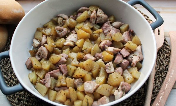 Dadolata di pollo e patate