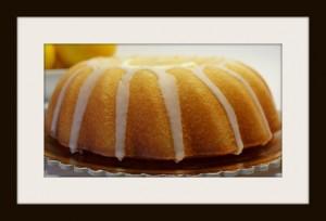 Ciambella con glassa al limone