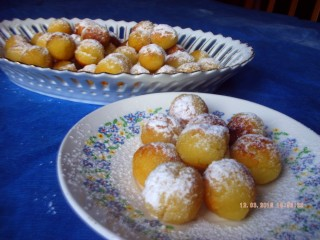 Polpettine di semolino alla vaniglia