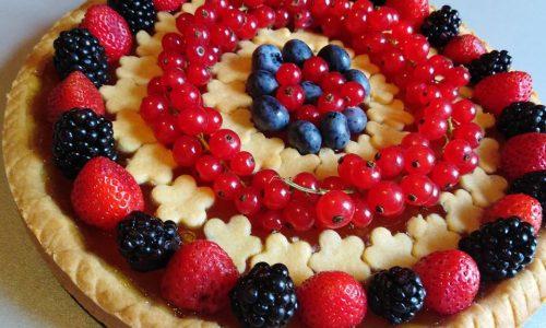 Crostata con marmellata e frutti di bosco senza glutine