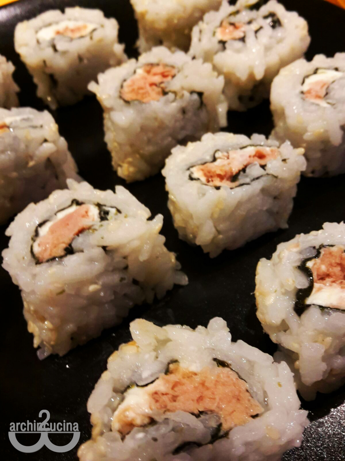 Uramaki philadelphia e tonno Venerdì sushi
