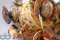 Spaghetti a vongole e pomodorini del piennolo