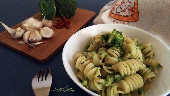pasta aglio, olio, peperoncino e...cavol broccolo