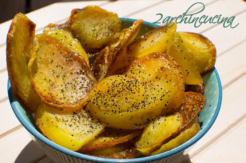 Chips di patate pepe e limone