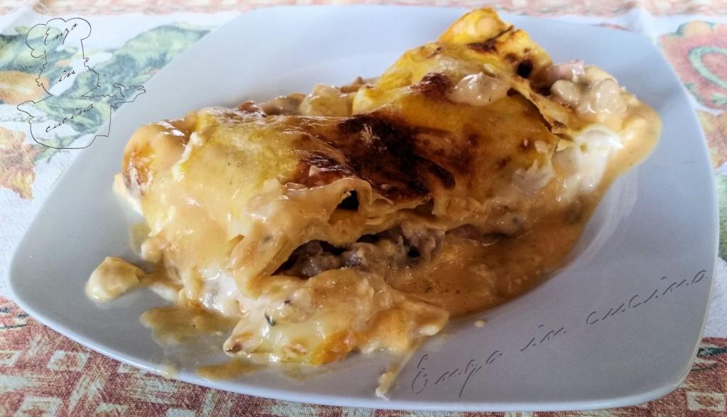 Lasagne zucca salsiccia e provola affumicata-w