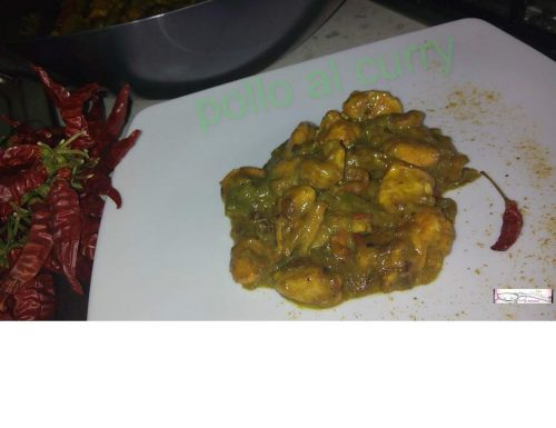 POLLO al CURRY e PEPERONI