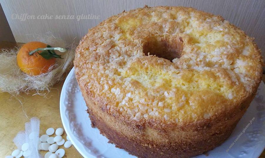 chiffon cake senza glutine arancia e cioccolato bianco