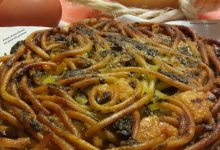Frittata di maccheroni con pesto