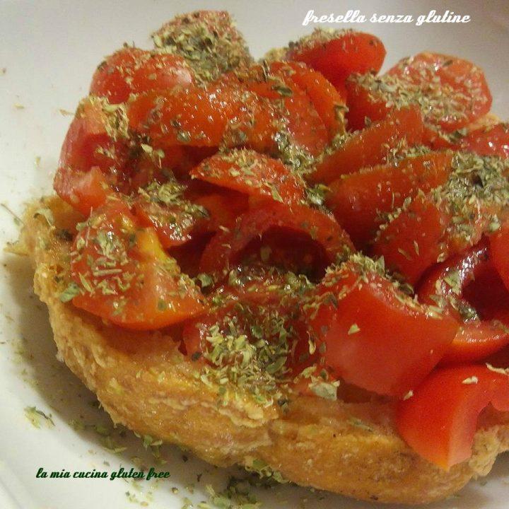 freselle senza glutine con pomodorini e origano