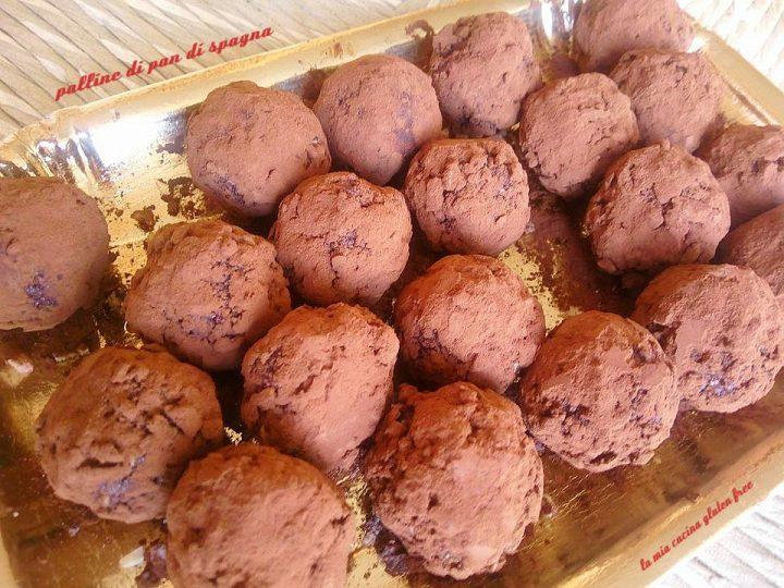 palline di pan di spagna al cioccolato senza glutine