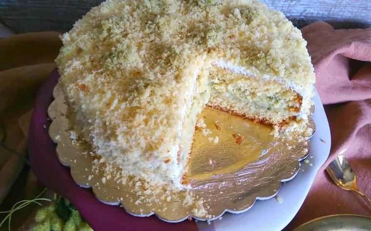 Torta mimosa senza glutine con pistacchio