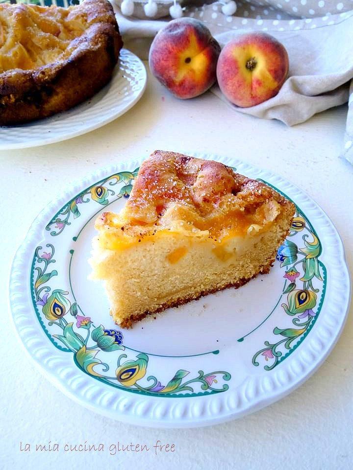 torta con pesche e mele senza glutine cotta in pentola