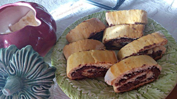 biscotti arrotolati con nutella senza glutine