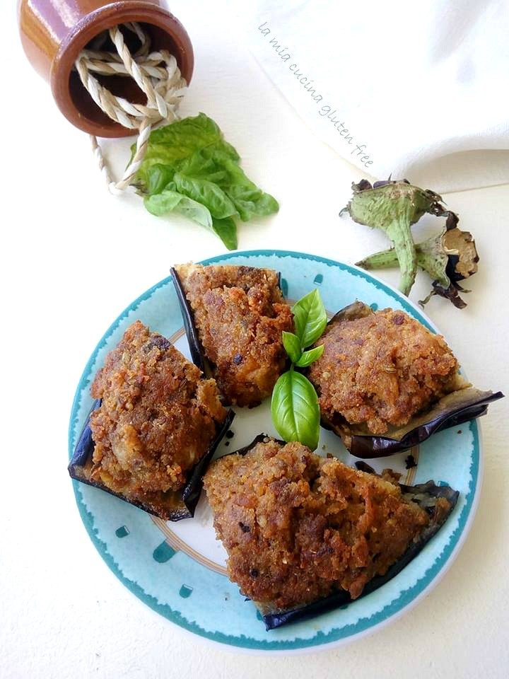 melanzane ripiene con salsiccia con finocchietto selvatico