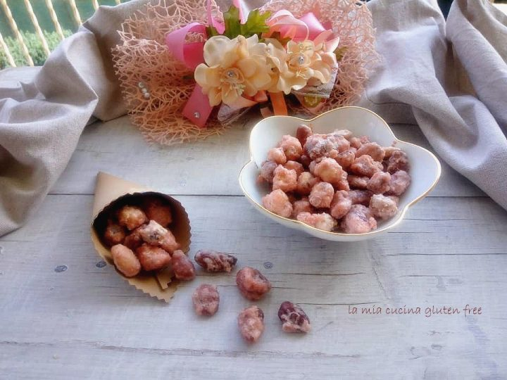 mandorle caramellate senza glutine