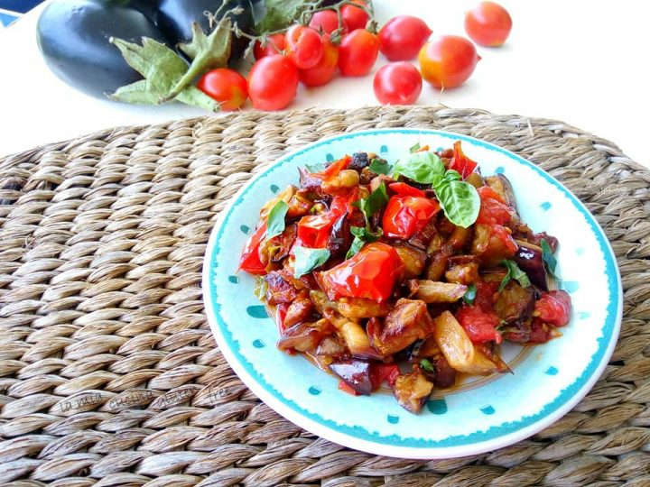 melanzane a funghetto con pomodorini spunzilli