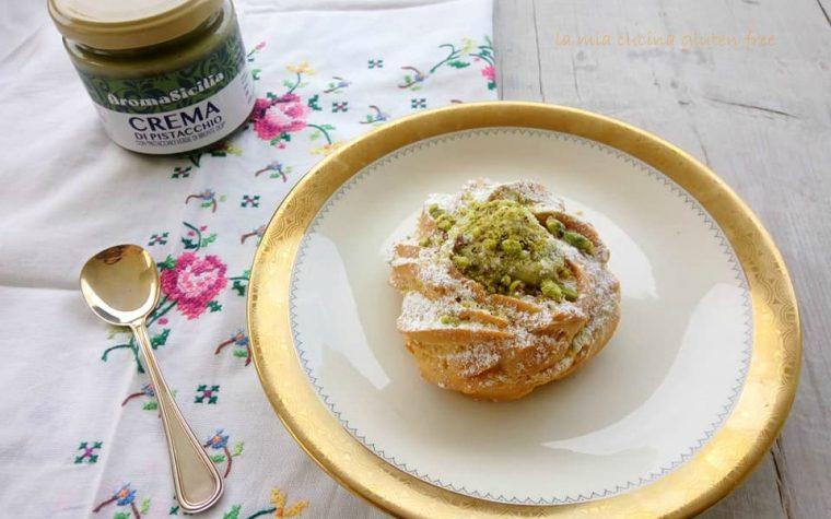 Zeppola con crema di pistacchio di bronte
