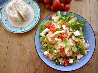 insalata di riso con pollo e ricotta salata