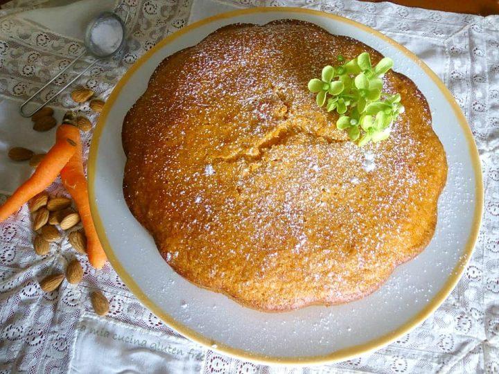 torta di carote senza glutine con mandorle