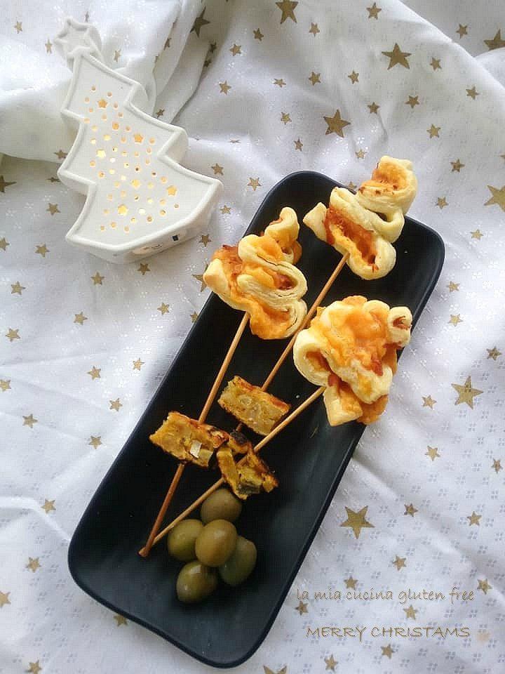 alberelli di pasta sfoglia senza glutine con cheddar e prosciutto cotto