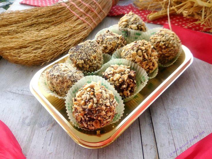 praline di panettone con croccante di cioccolato e nocciole senza glutine
