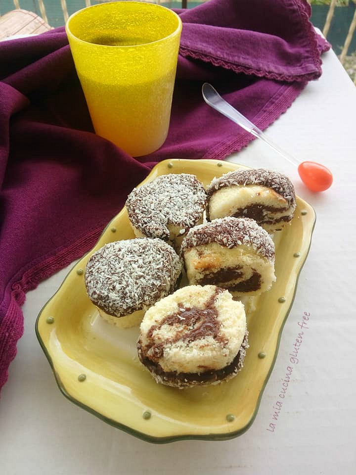 girelle al cioccolato senza glutine con cocco e cioccolato fondente e cocco