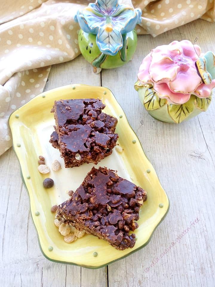 barrette di cereali senza glutine con cioccolato fondente