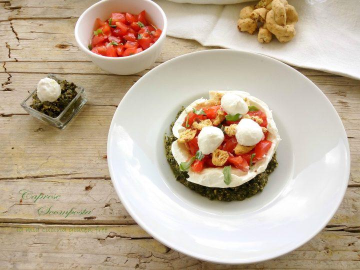 caprese di mozzarella e pomodori scomposta