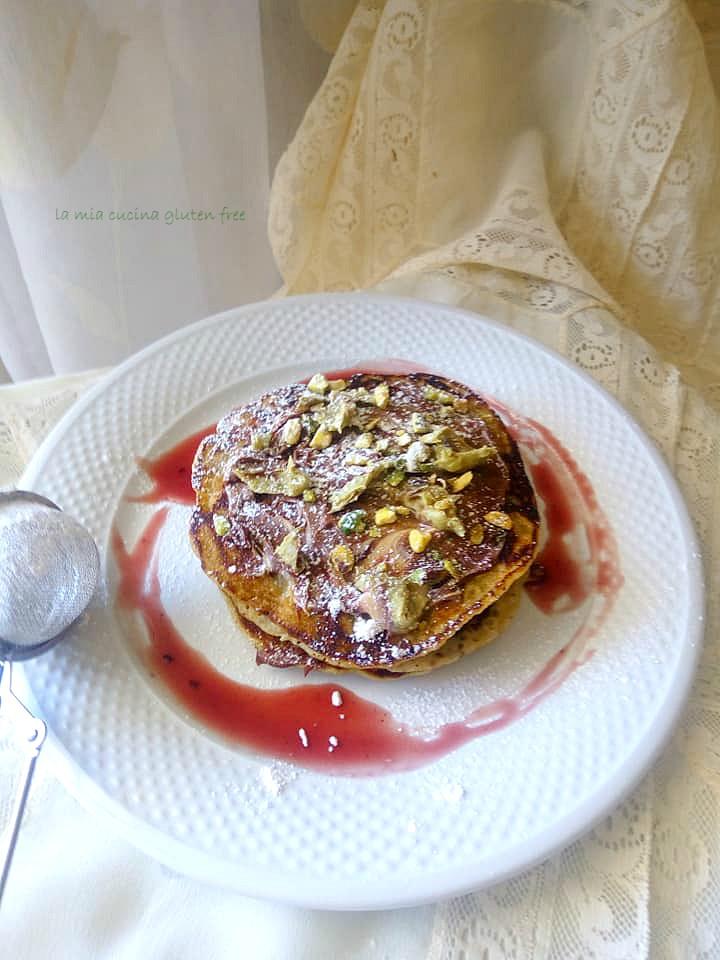 pancake senza glutine al pistacchio senza uova