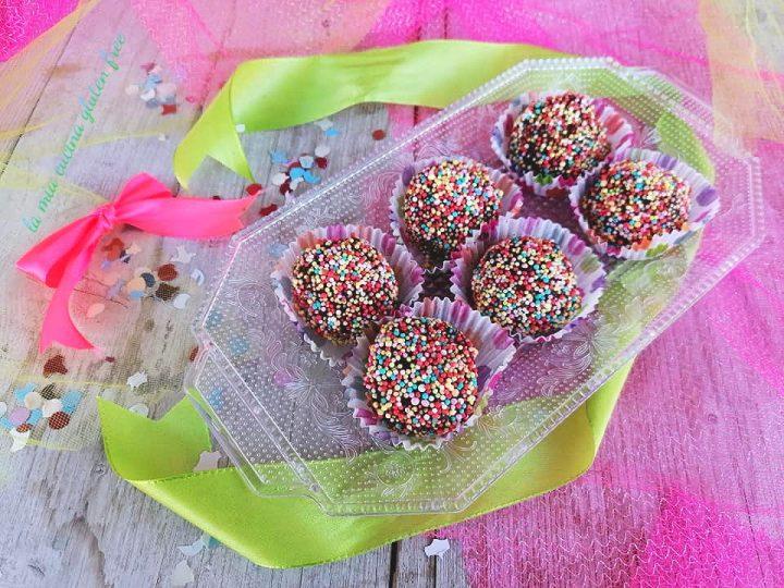 dolcetti di carnevale senza cottura senza glutine con confettini
