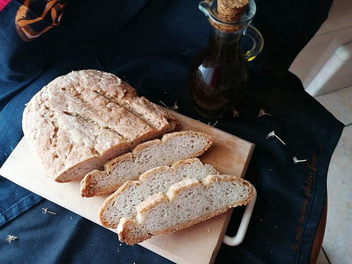 pane casereccio con farina di mais e finocchietto senza glutine