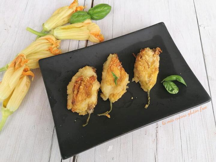fiori di zucca ripieni di patate provola pepe e basilico
