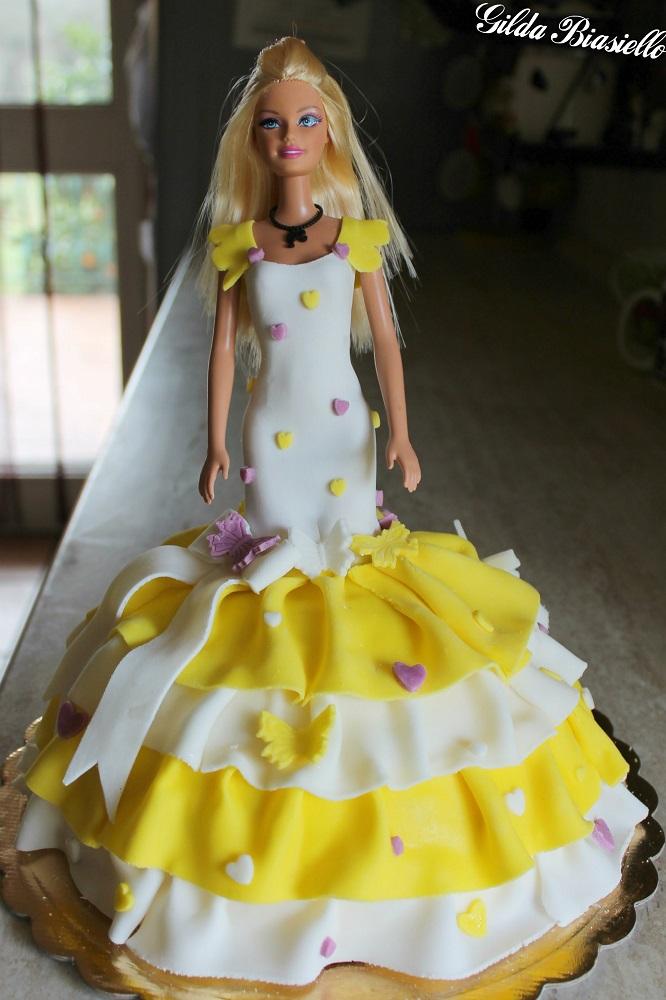 torta barbie in pasta di zucchero