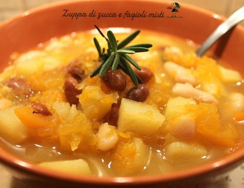 Zuppa profumata di zucca e fagioli misti
