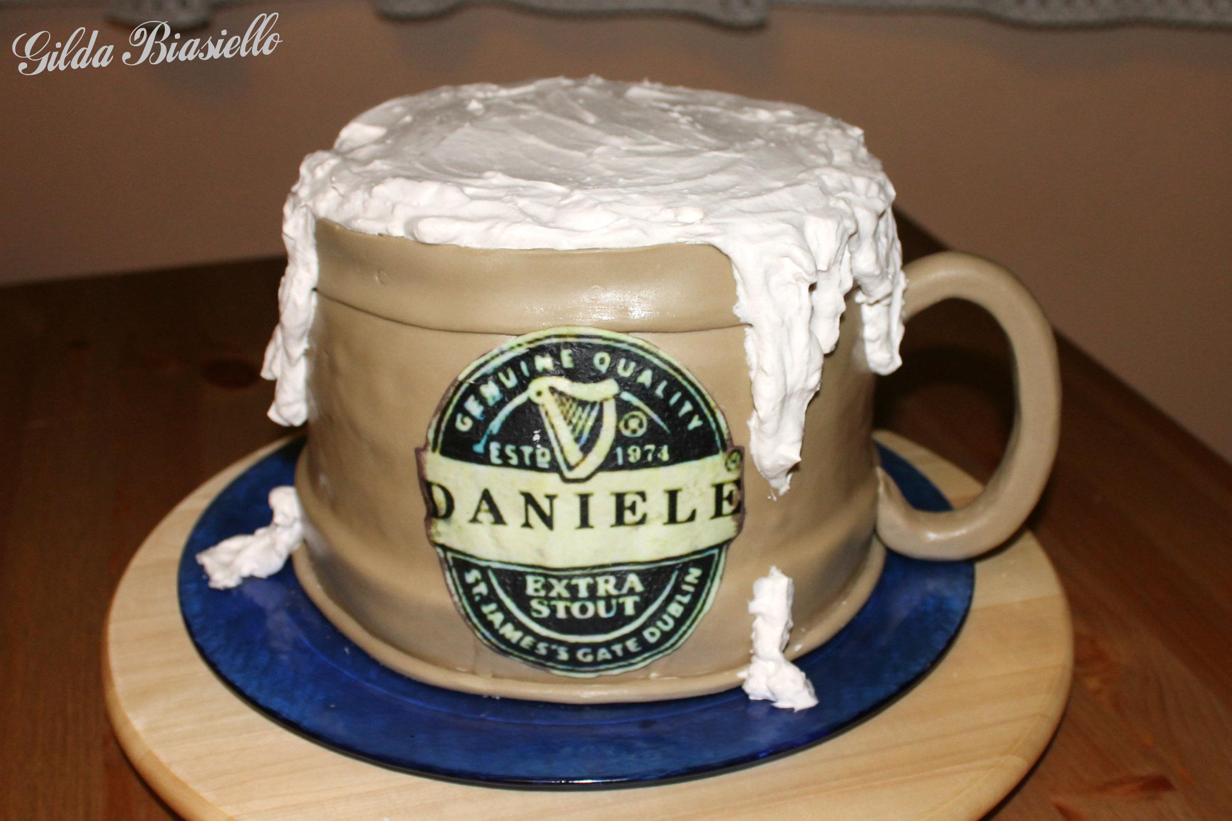 Torta Boccale Di Birra In Pasta Di Zucchero Donnepasticcione