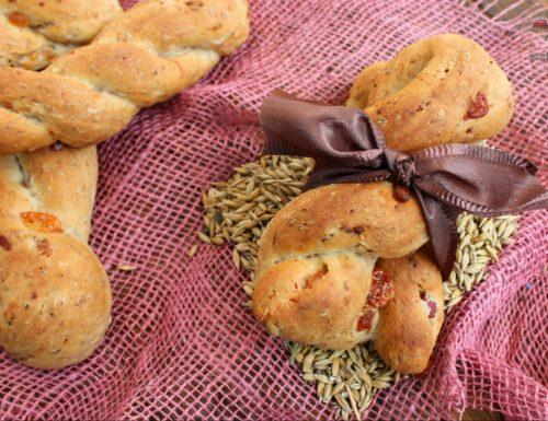 Trecce di pane al malto con pancetta e Parmigiano Reggiano